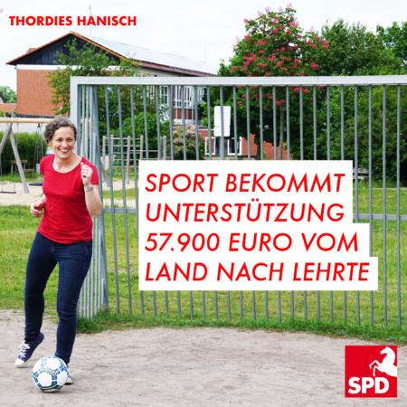 Thordies Hanisch schießt Fußball