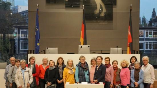 Landtagsbesuch des Frauenarbeitskreises VHS Ost Burgdorf